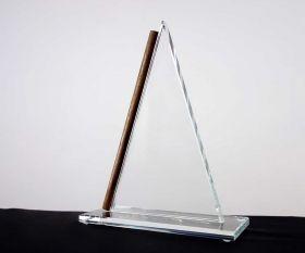 Flachglaspokal Dreieck mit Holzstab