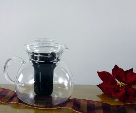 Teekanne mit Kunststoffeinsatz
