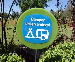 Camper ticken anders Fusingschild