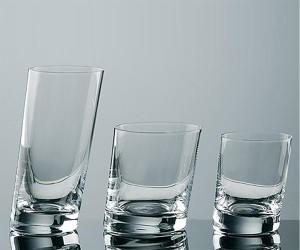 Schräges Trinkglas