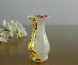 Vase weiß tailliert