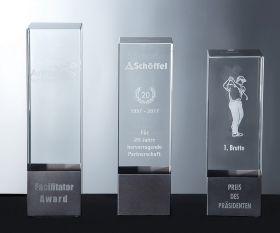 Glasblock Pokal mit Metalloptik