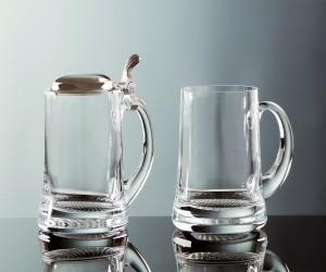 Bierkrug aus Glas