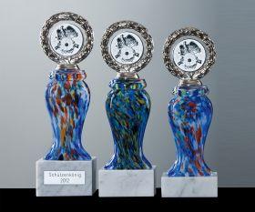 Pokal mit Farbglas blau