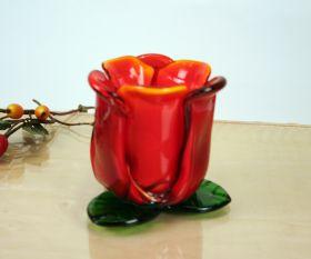Kerzenhalter rote Blüte