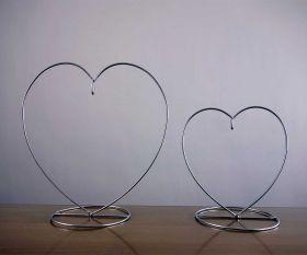 Herz Metallständer