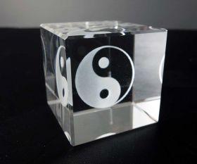 3D-Laserwürfel Yin Yang