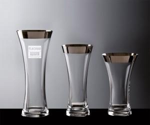 Vase mit Platinrand