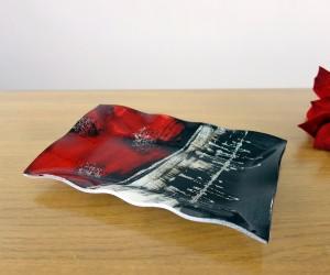 Fusingschale schwarz/rot gewellt