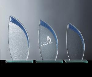 Kristall-Trophäe mit Farbglas-Elementen (blau)