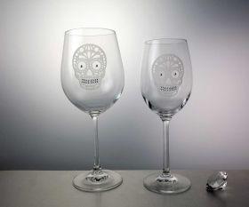 Strass Skull weiß Weinglas