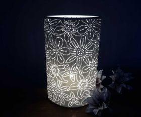 Wohnraumleuchte Flower Ellipse aus Keramik